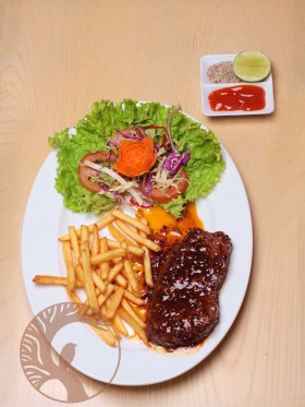 Bò beefsteak / Khoai