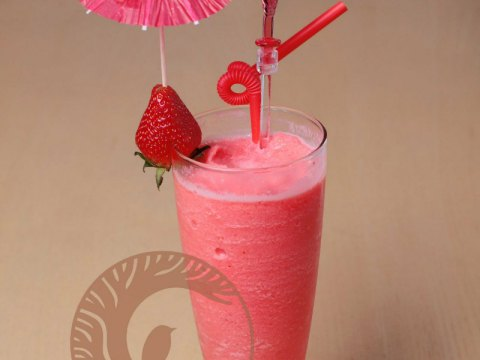 Strawberry Supercream